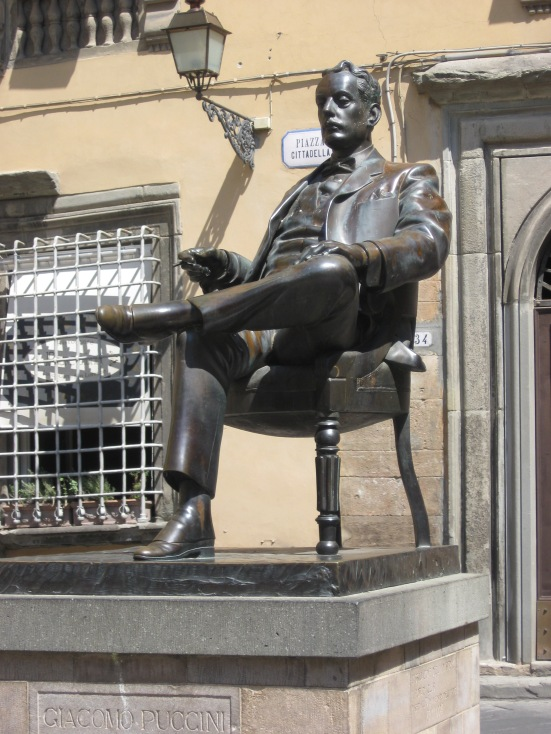 Statue of Puccini - Lucca