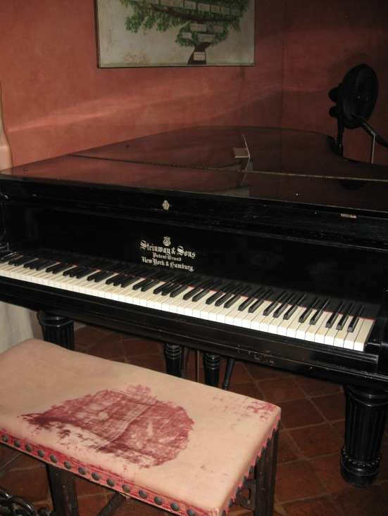 Piano inside the Puccini museum - Lucca